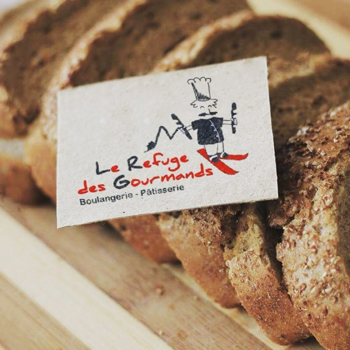 """Réalisation du logo et de la charte graphique pour la Boulangerie Pâtisserie """"Le refuge des Gourmands"""" située à St Félix en Haute-Savoie."""